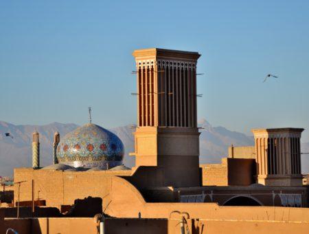 Un giorno a Yazd, guida della città ocra e blu