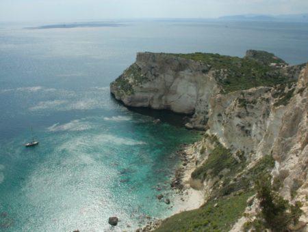 Sardegna vista dal mare: in barca nel Golfo degli Angeli