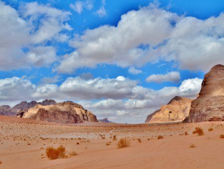 Wadi Rum, un giorno e una notte nel deserto rosso della Giordania