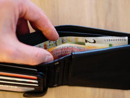 Come pagare all'estero: alcuni consigli per i viaggiatori