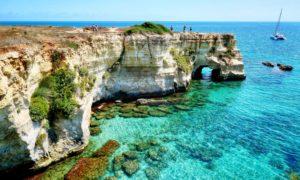 Salento: in barca alla scoperta di 5 spiagge imperdibili nei dintorni di Otranto
